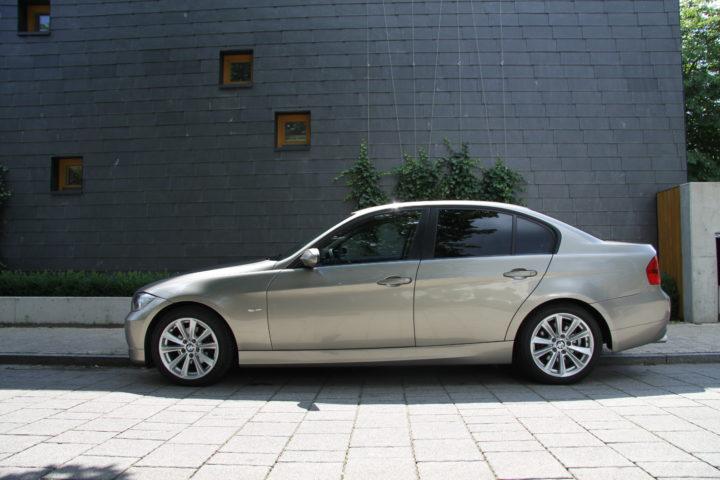 przyciemnianie szyb samochodowych BMW sedan